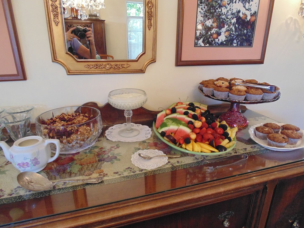 Food and Drink, Plantation Bed & Breakfast
