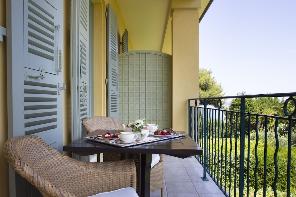 Balcony, Hotel Royal Riviera