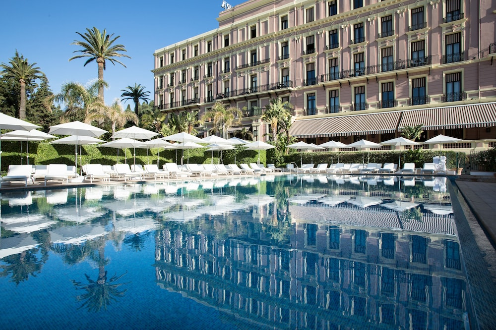 Featured Image, Hotel Royal Riviera