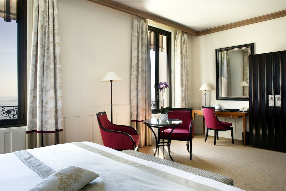 Room, Hotel Royal Riviera