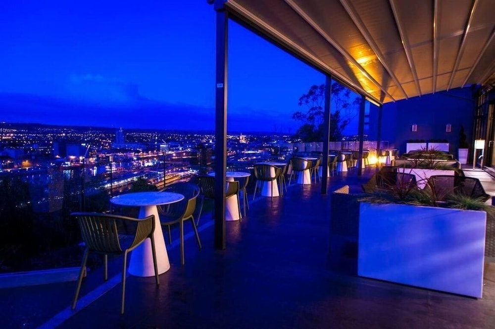 Bar, The Montenotte Hotel