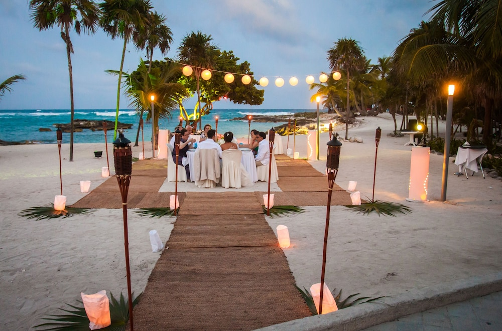 Outdoor Wedding Area, Grand Sirenis Riviera Maya Resort & Spa - All Inclusive