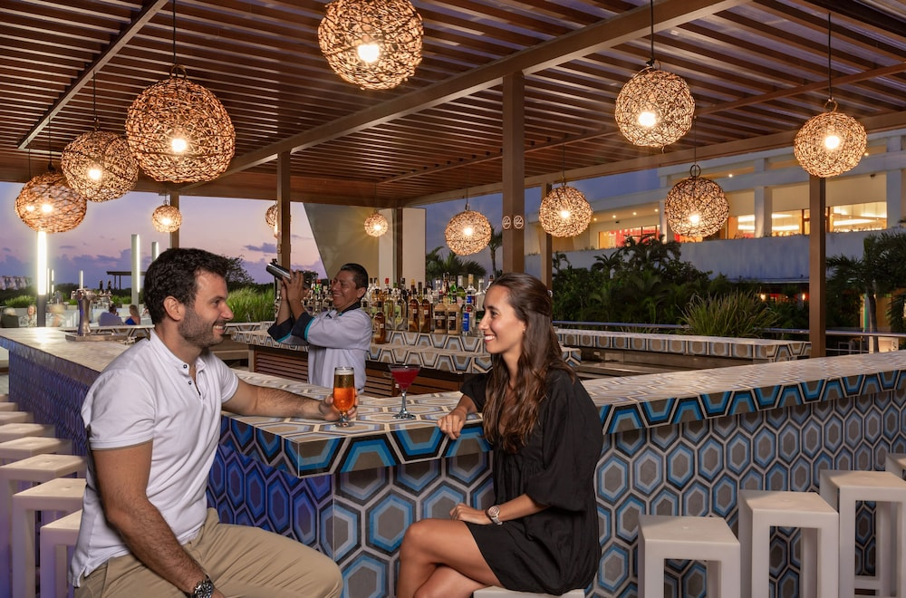 Bar, Grand Sirenis Riviera Maya Resort & Spa - All Inclusive