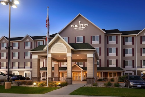 Country Inn & Suites by Radisson, Northwood, IA