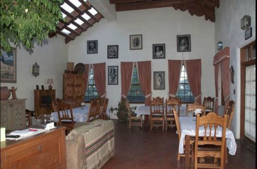Restaurant, The Inn at the Delta