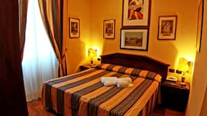 Frette Italian sheets, premium bedding, memory foam beds, desk