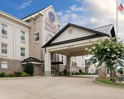 Great Place to stay Comfort Suites near Conway