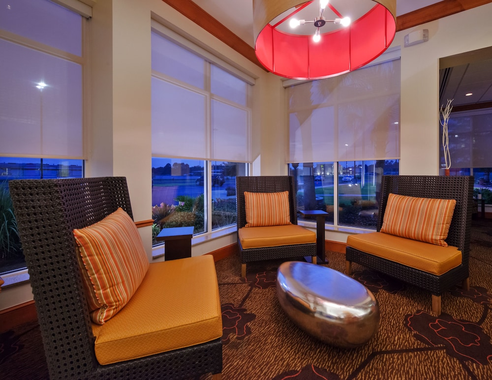Lobby Sitting Area, Hilton Garden Inn West Monroe