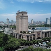 Wyndham Grand Plaza Royale Ningbo