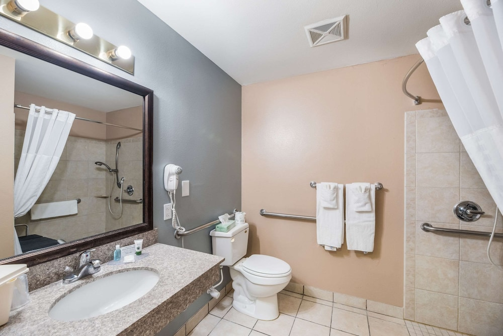 Bathroom, MainStay Suites Extended Stay Hotel Casa Grande