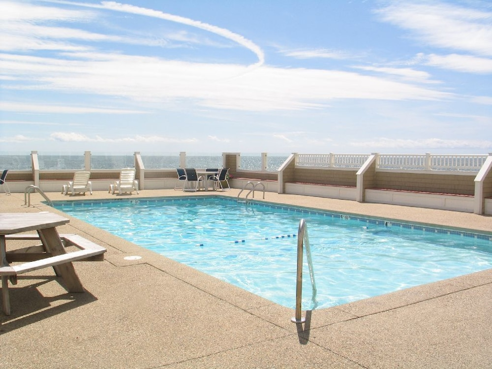 Outdoor Pool, Bluegreen Vacations The Breakers, an Ascend Resort