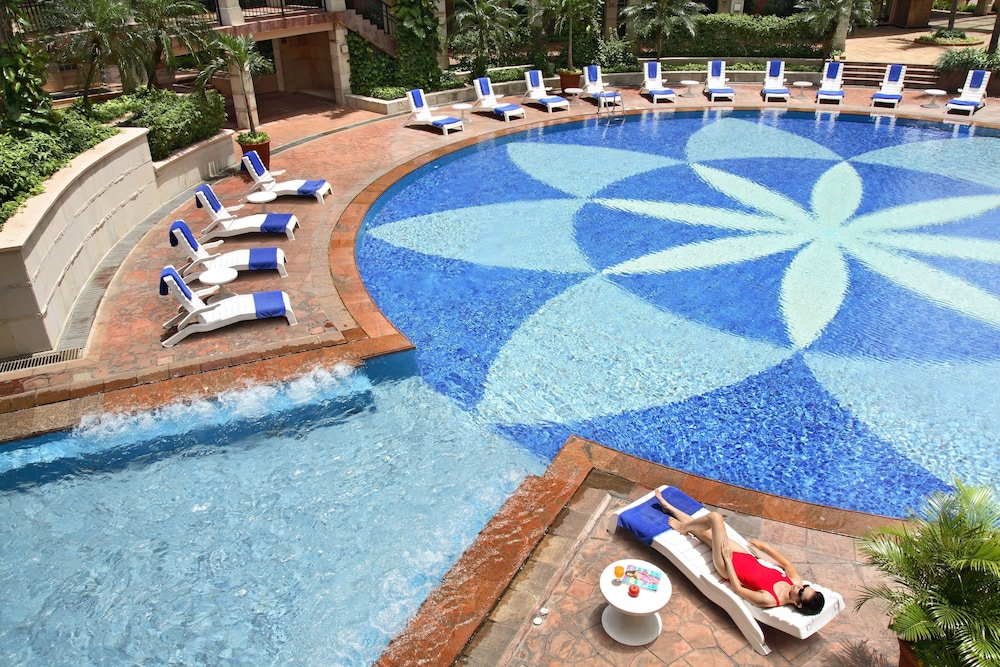 Outdoor Pool, Somerset Grand Citra Jakarta