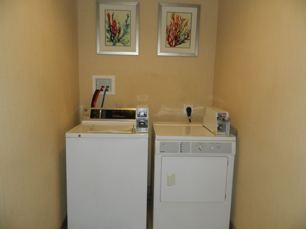 Laundry Room, Best Western Plus New Cumberland Inn & Suites