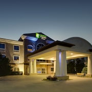 Holiday Inn Express Hotel & Suites Vernon College Area