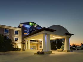 Holiday Inn Express Hotel & Suites Vernon College Area, an IHG Hotel