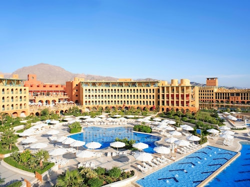 Strand Beach and Golf Taba Heights
