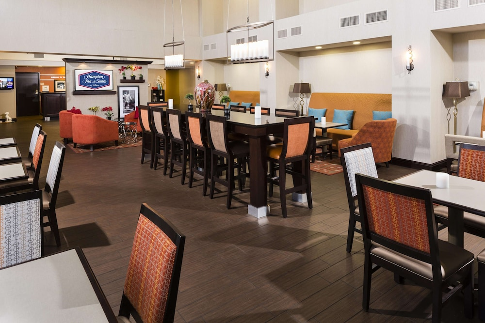 Restaurant, Hampton Inn & Suites Las Vegas South