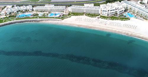 Radisson Blu Resort- Fujairah