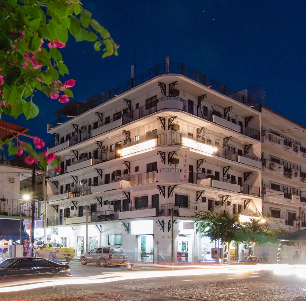 Front of Property - Evening/Night, Hotel Belmar Galeria