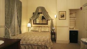 保險箱、熨斗/熨衫板、免費 Wi-Fi、床單