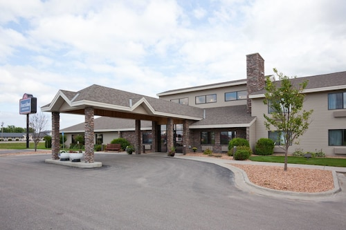 AmericInn Lodge and Suites Thief River Falls