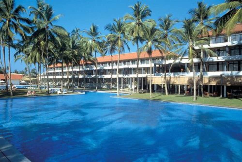 Blue Water Hotel Sri Lanka Rooms