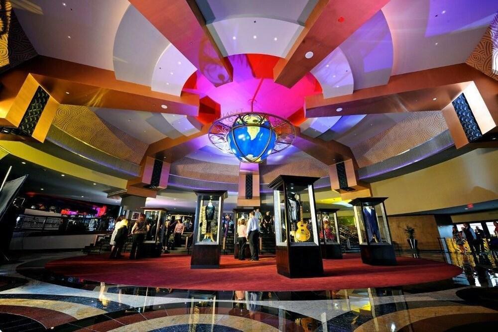 casino operators