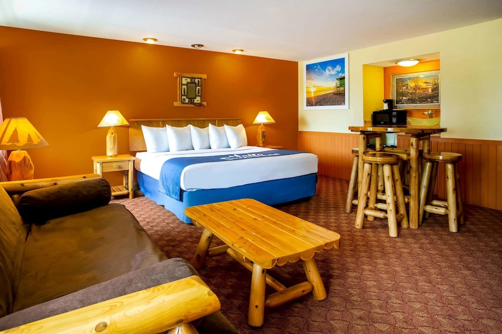 Featured Image, Days Inn & Suites by Wyndham Stevens Point