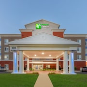 Holiday Inn Express Hotel & Suites Charlotte Arrowood
