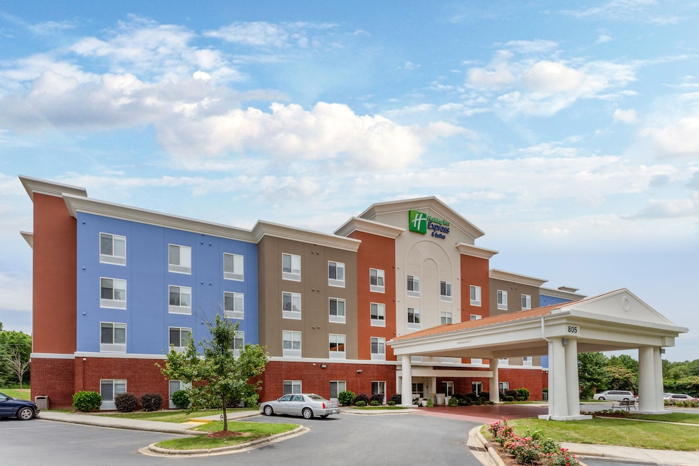 Exterior, Holiday Inn Express Hotel & Suites Charlotte Arrowood