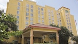 La Quinta Inn & Suites San Antonio Medical Center - San Antonio Hotels