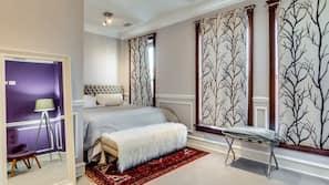 Roupas de cama premium, camas com colchões pillow-top, Wi-Fi de cortesia