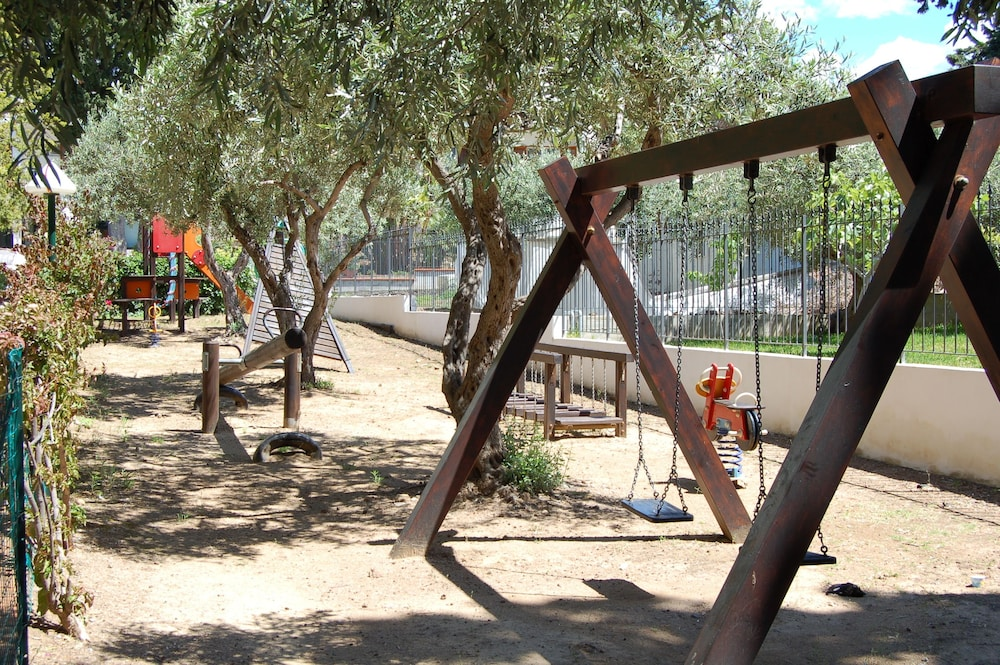 Children's Play Area - Outdoor, Hotel Kalura