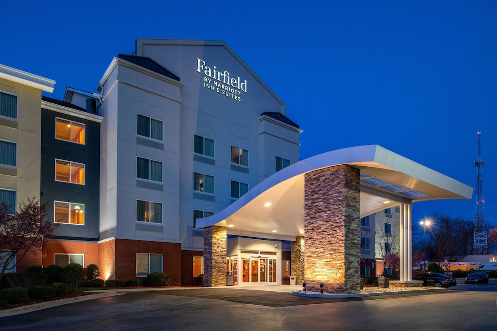 Featured Image, Fairfield Inn & Suites by Marriott Greensboro Wendover