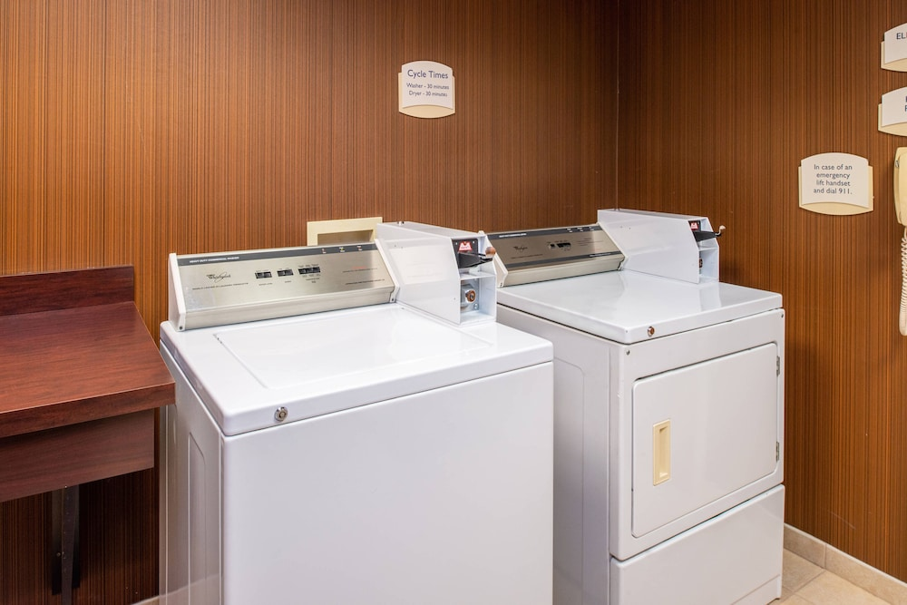 Laundry Room, Fairfield Inn & Suites by Marriott Greensboro Wendover
