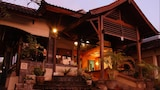 Yulia Village Inn - Ubud Hotels