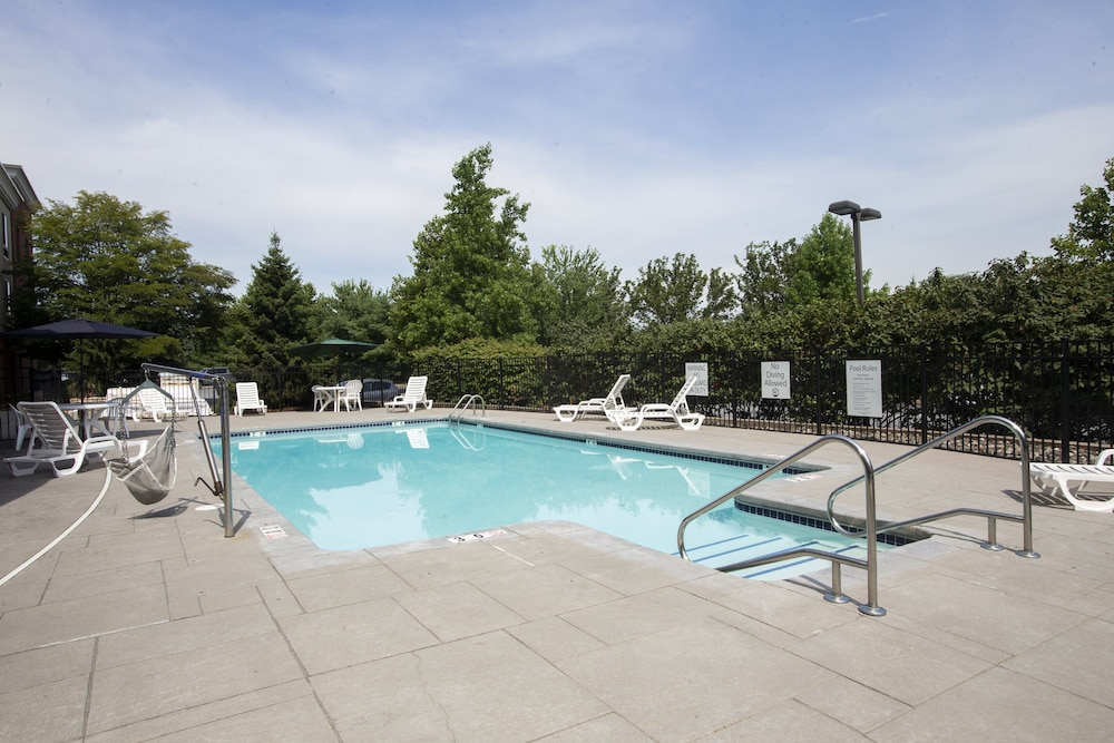 Pool, Holiday Inn Express Bethlehem Airport - Allentown Area, an IHG Hotel