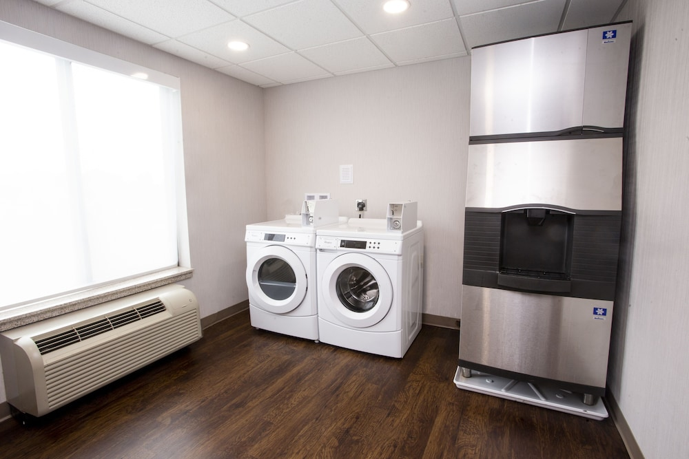 Laundry Room, Holiday Inn Express Bethlehem Airport - Allentown Area, an IHG Hotel