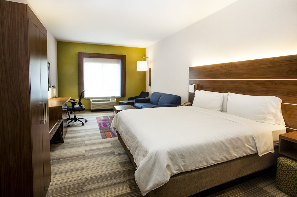 Room, Holiday Inn Express Bethlehem Airport - Allentown Area, an IHG Hotel