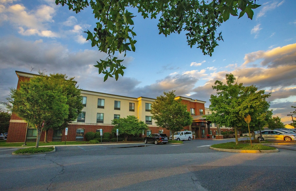 Exterior, Holiday Inn Express Bethlehem Airport - Allentown Area, an IHG Hotel