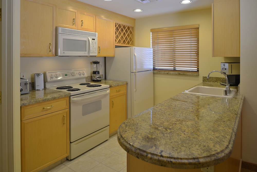 Private Kitchen, Polo Towers by Diamond Resorts