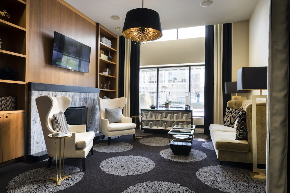 Lobby Sitting Area, Colcord Hotel