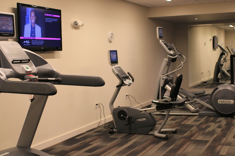 Fitness Facility, Colcord Hotel
