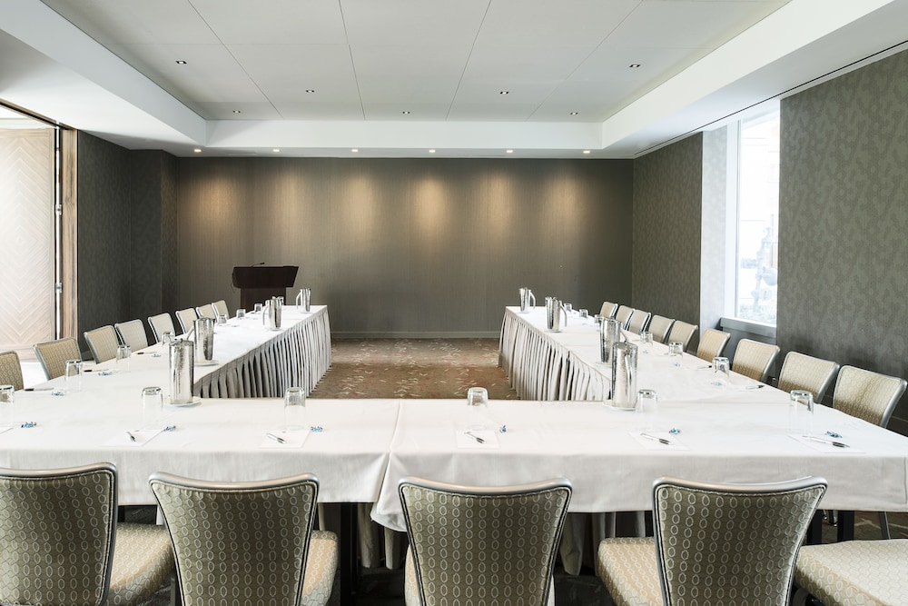 Meeting Facility, Colcord Hotel