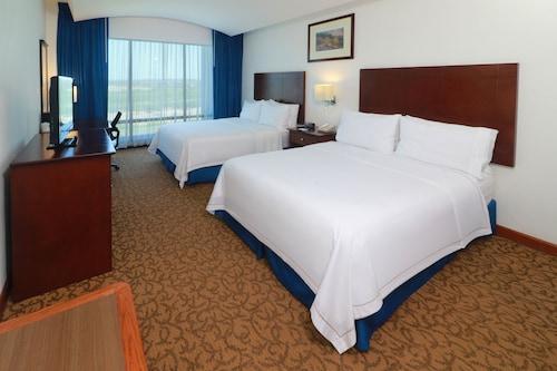 Holiday Inn Express Nuevo Laredo, an IHG Hotel