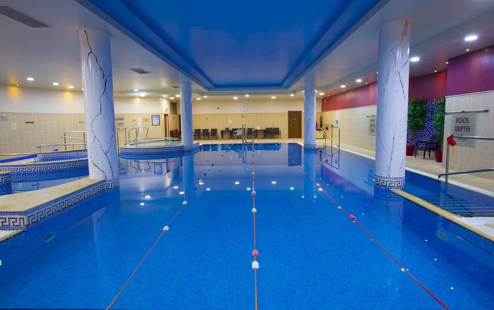 Knightsbrook hotel spa golf resort deals reviews trim Knightsbrook hotel trim swimming pool