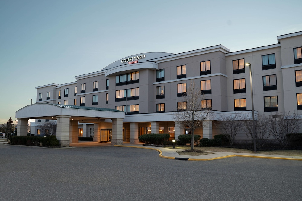 Exterior, Courtyard by Marriott Republic Aprt Long Island/Farmingdale