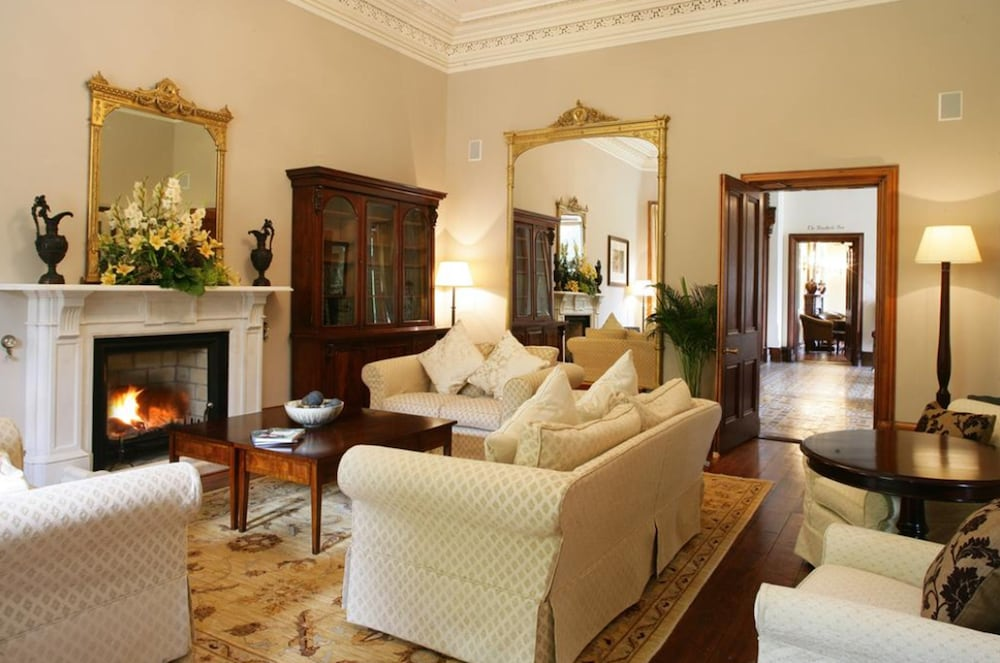 Lobby, Mount Falcon Estate
