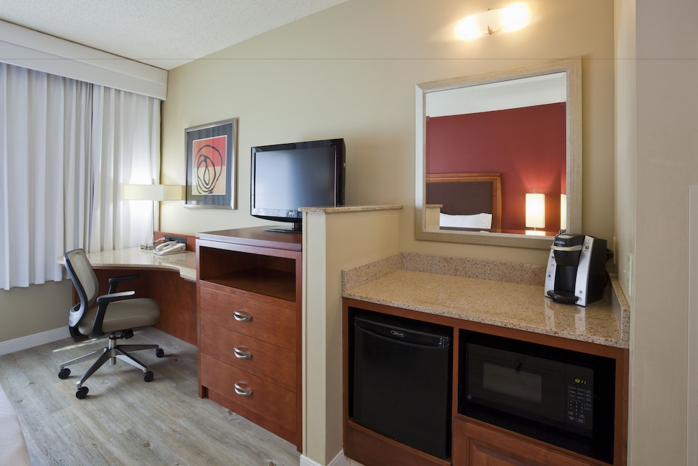 Room Amenity, Holiday Inn Hotel & Suites Maple Grove Nw Mpls-Arbor Lks