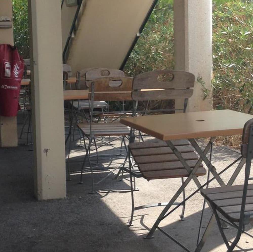 Hotel premi re classe salon de provence salon de provence - Hotel salon de provence premiere classe ...